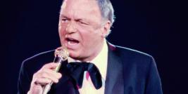 FRANK SINATRA CANTANDO 'I'VE GOT YOU UNDER MY SKIN'.